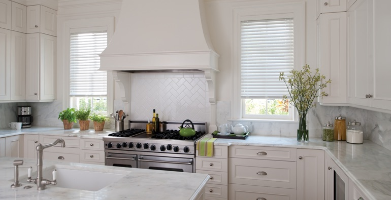 San Antonio white faux wood blinds