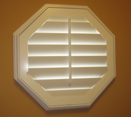 San Antonio octagon window with white shutter