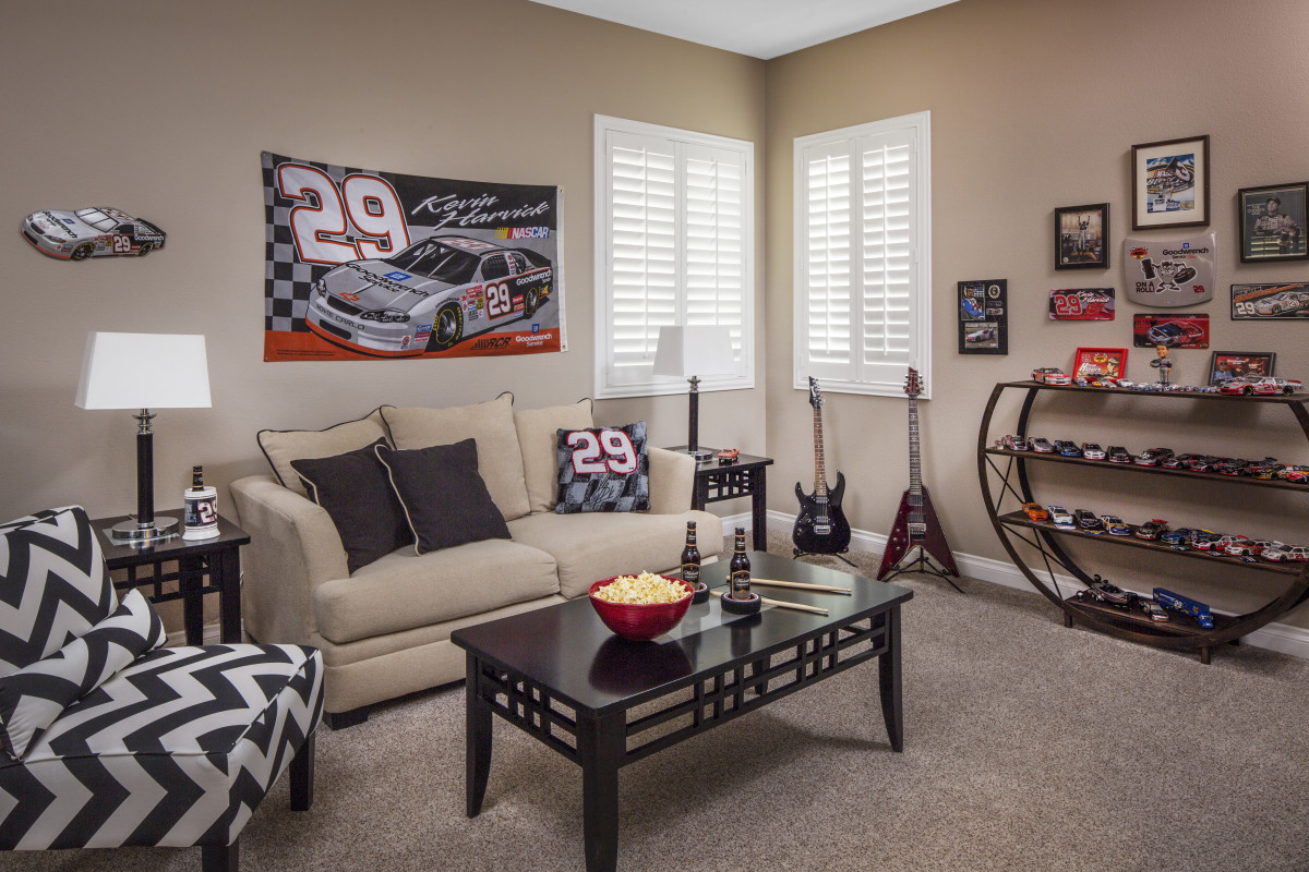 San Antonio man cave with shutters