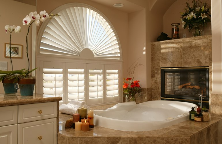 Sunray shutters in a San Antonio bathroom.