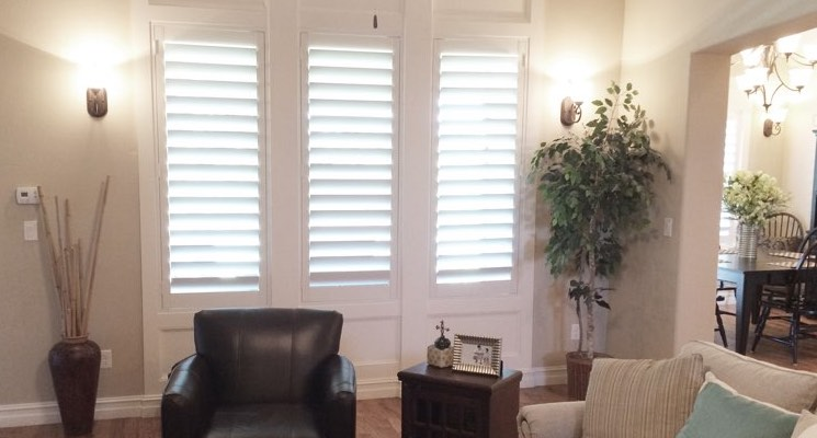 San Antonio family room white shutters
