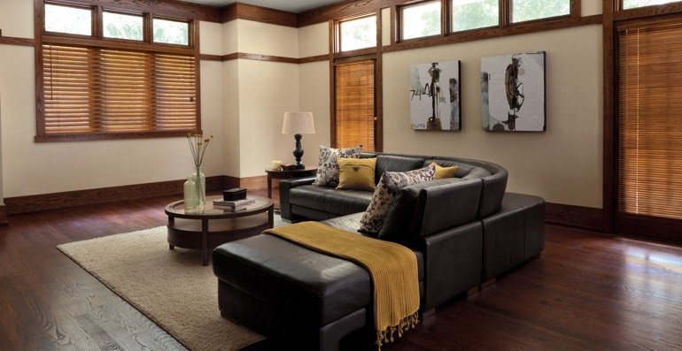 San Antonio hardwood floor and blinds