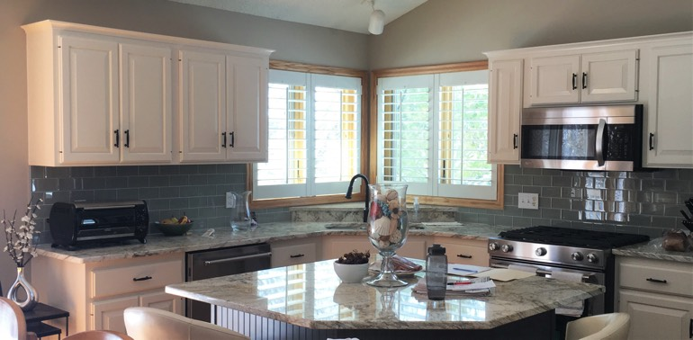 San Antonio kitchen with shutters and appliances